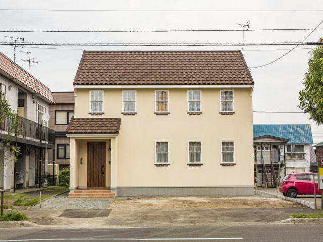 プロバンスの家~♪ 天井が高く、開放感がある家!!の画像