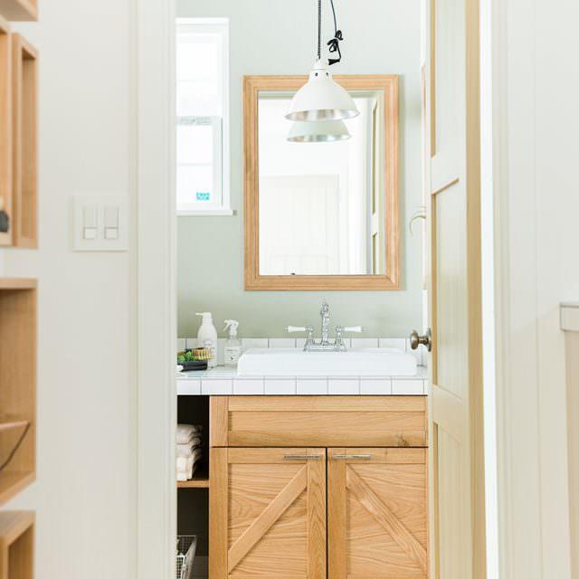 玄関から直行できる洗面の動線がポイント