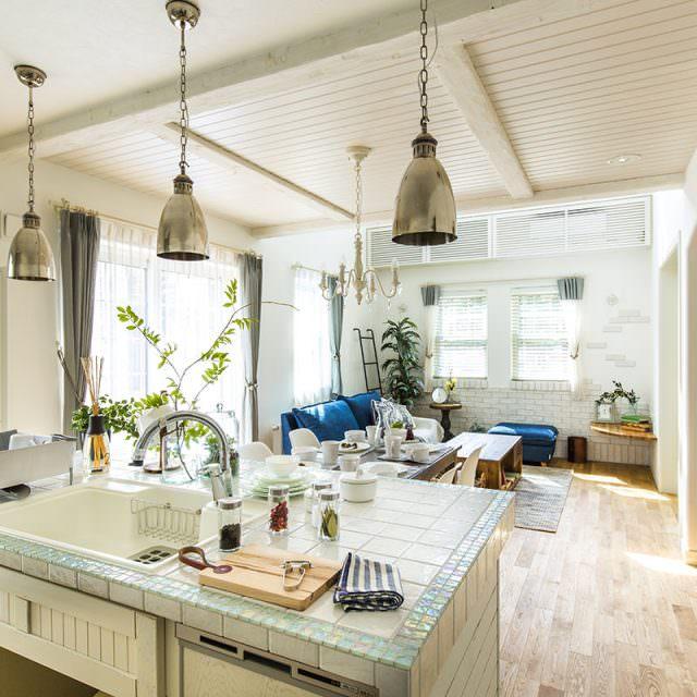 家じゅうが見わたせる対面キッチン