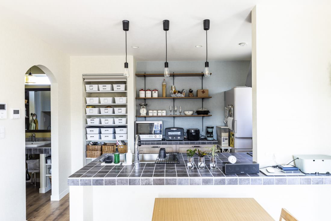 新築注文住宅インターデコハウスのキッチン施工事例写真