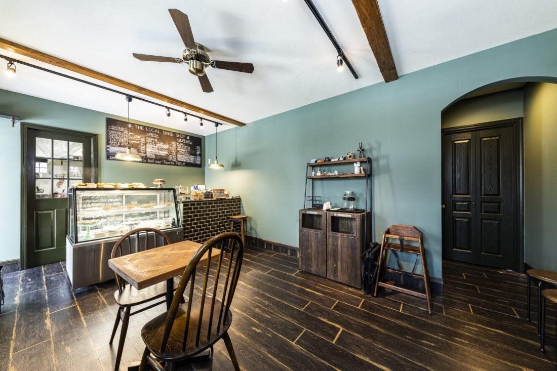カフェ併用住宅The LOCAL BAKE SHOP