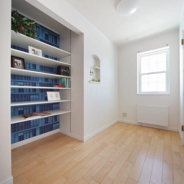 本棚があるフリースペース