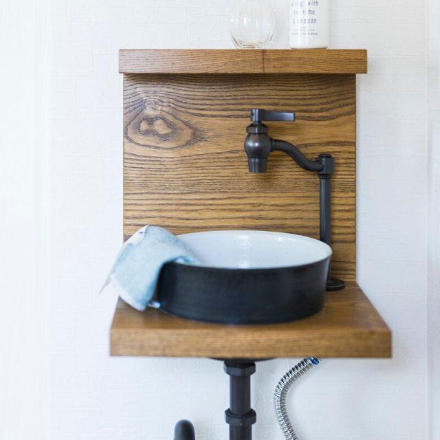 玄関のミニ手洗いは人気のデザイン♪